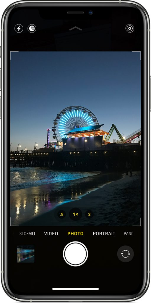 Image of a London Eye wheel in a smartphone